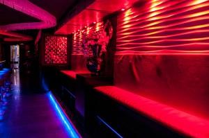 Bar queenz local